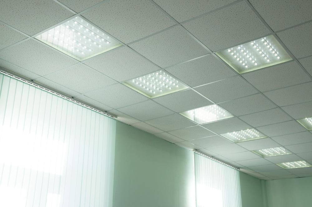 Лампы дневного света - замена, установка в СПб