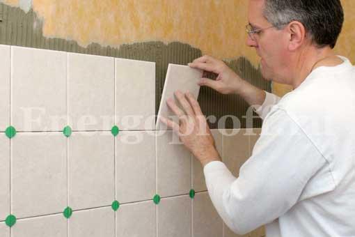 Укладка плитки на пол, стену, потолок, арку в СПб